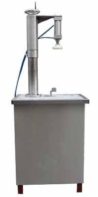 轧盖机,气动塑料盖压盖机,食用油桶半自动压盖机,气动手动压盖机